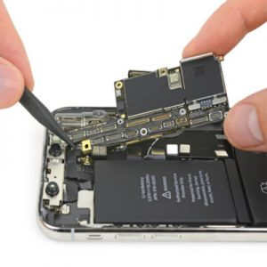 Thay main iPhone